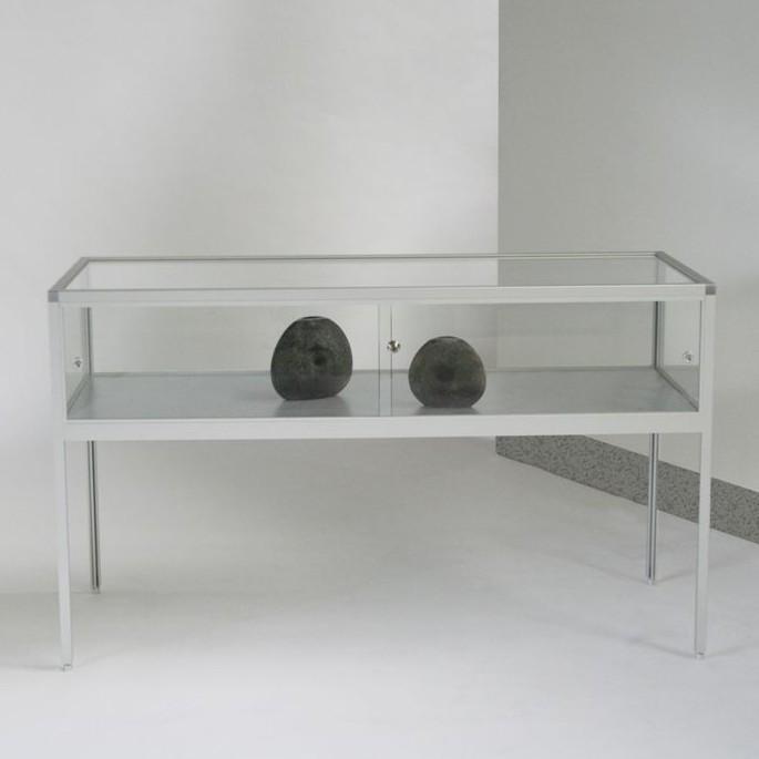 tischvitrine komfort 36 tischvitrinen thekenvitrine thekenvitrinen. Black Bedroom Furniture Sets. Home Design Ideas
